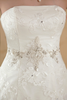 New Faddish Strapless White Lace Wedding Dress Ball Gown