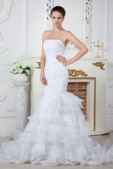 Ruffled Organza Mermaid/Trumpet Wedding Dress With Appliques
