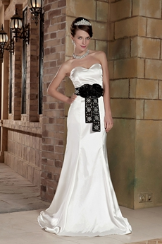 Sweetheart Neckline Mermaid Wedding Dress With Black Sash