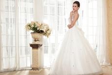 Sweetheart Puffy Floor Length Plus Size Wedding Dress Basque Waistline
