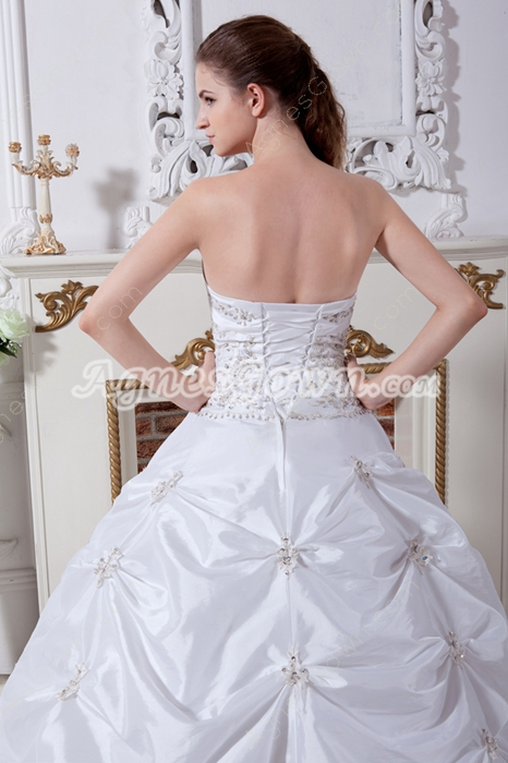 Embroidered Strapless Ball Gown White Taffeta Wedding Dress 2016