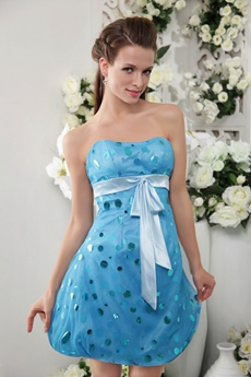 Dipped Neckline Mini Length Sky Blue Lattern Damas Dress