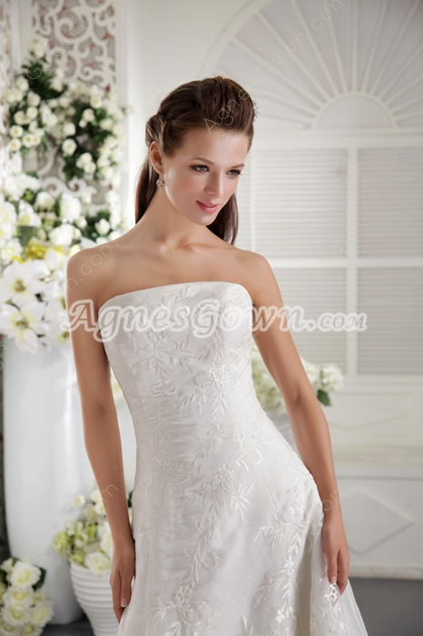 Impressive A-Line Organza Embroidery Wedding Dress