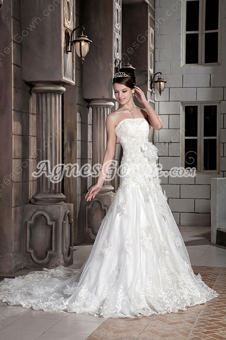 Breathtaking Strapless A-line Lace Wedding Dress With 3d Flowers