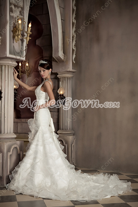 Graceful V-Neckline Organza Trumpet/Mermaid Wedding Dress