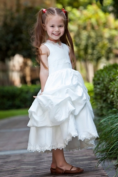 Cute Ball Gown Tea Length Little Girls Pageant Dress With Lace