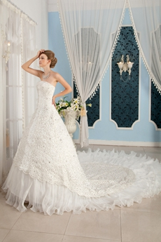 Gorgeous Strapless Royal Big Train Wedding Dress 2016