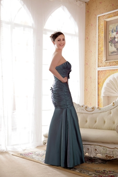 Strapless Trumpet/Mermaid Full Length Green Taffeta Prom Dress