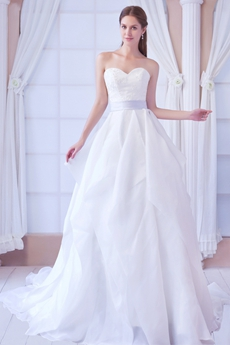 Sweetheart White Organza Princess Wedding Dress With Short Sleeves Bolero