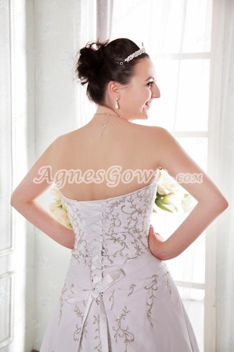 Luxury A-line Chiffon Embroidery Beads Wedding Dress Corset Back