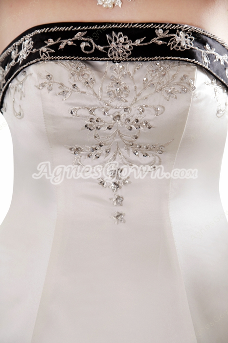 Gothic Strapless White & Black Wedding Dress With Embroidery