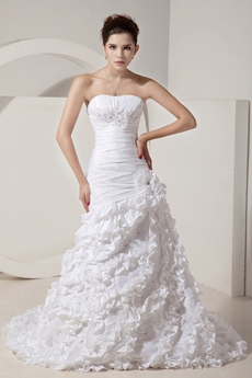 Terrific Dipped Neckline White Taffeta Ruffled Wedding Dress Corset Back