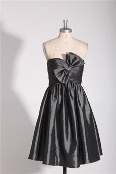 Sweetheart A-line Short Length Black Homecoming Dress