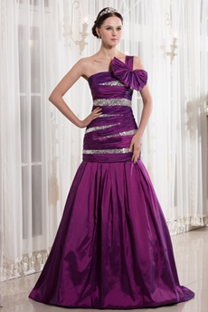 Mysterious Single Straps Dropped Waist Full Length Purple Prom Gown With Sequins