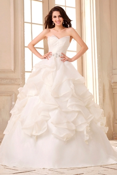 Classical V-neckline Ball Gown White Organza Brdial Dress With Ruffles
