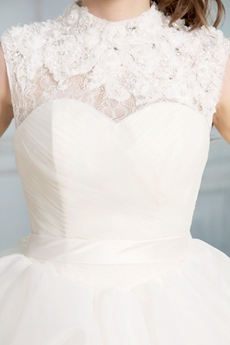 Vintage High Collar Lace Bridal Ball Gown Keyhole Back