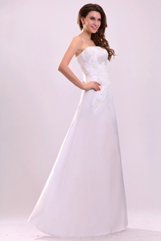 Simple A-line Satin Beach Wedding Gown With Appliques