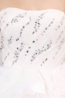 Exquisite Sweetheart Ball Gown Ruffled Wedding Dress