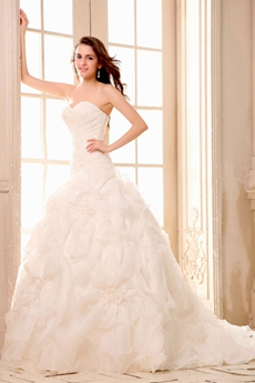 Exclusive Sweetheart A-line White Organza Ruffled Wedding Dress Corset Back