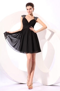 Straps A-line Mini Length Black Homecoming Dress