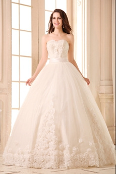 Noble Sweetheart Ball Gown Wedding Dress With 3d Flowers