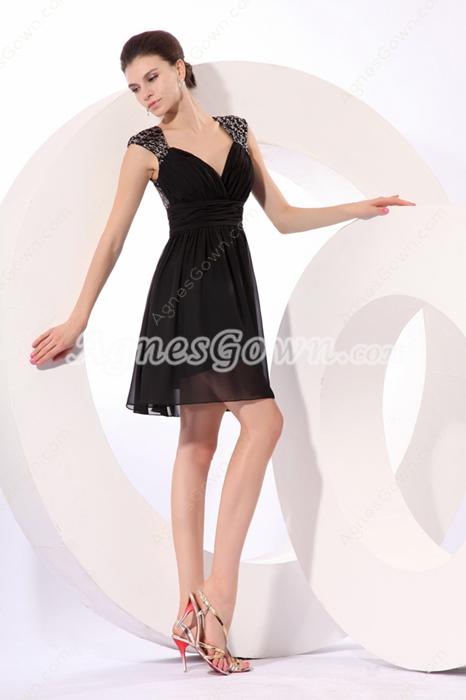 Straps A-line Mini Length Black Homecoming Dress