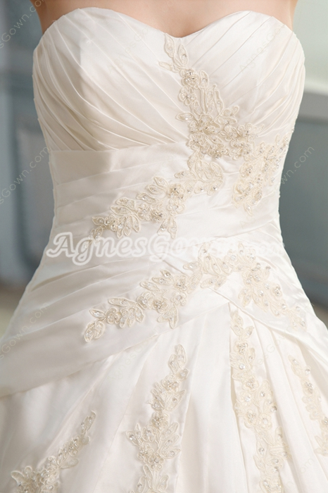Exclusive Shallow Sweetheart Neckline Ball Gown Floor Length Plus Size Wedding Dress