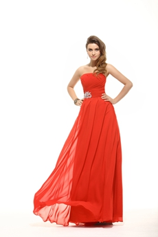 Modest Strapless Red Chiffon Plus Size Bridesmaid Dress