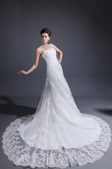 Glamour Strapless A-line Lace Wedding Dress With Great Handwork