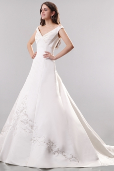 Noble V-neckline Ball Gown Satin Wedding Dress With Embroidery