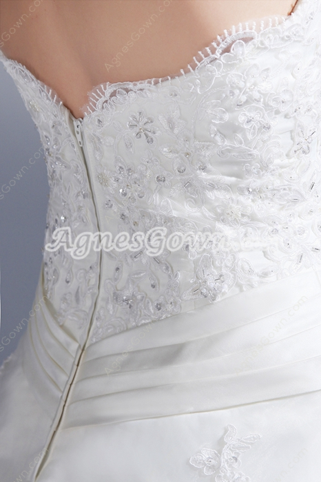 Dazzling Strapless Ball Gown Organza Wedding Dress With Lace Appliques