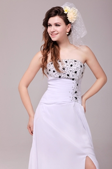 Modern A-line Full Length White Chiffon Beach Wedding Dress With Beads