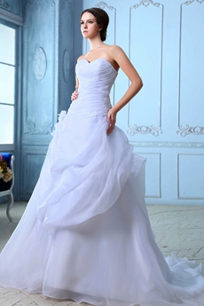 Breathtaking White Organza Wedding Dress Asymmetrical Waist
