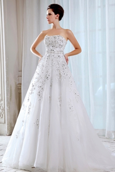 Luxurious Sweetheart Princess Wedding Dress With Heavy Stones