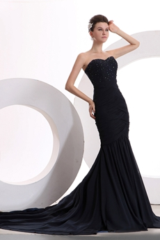 Luxury Sweetheart Trumpet/Mermaid Black Celebrity Dress With Beads