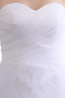 Sassy Sweetheart Puffy White Organza Damas Dress