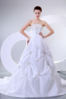 Classy Strapless Ball Gown Taffeta Embroidery Wedding Dress