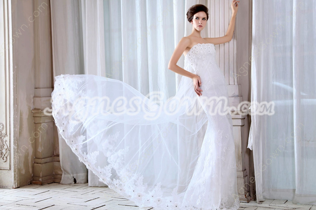 Special Strapless A-line Lace Wedding Dress
