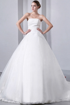 Affordable Strapless Ball Gown Wedding Dress With Appliques