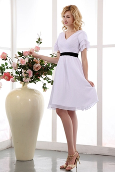 Short Sleeves Knee Length White Chiffon Beach Wedding Dress