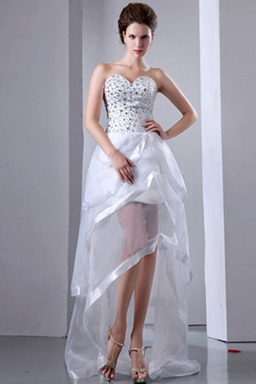Modern Beach Wedding Dress With Rhinestones
