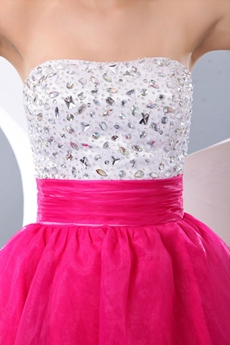Colorful White & Fuchsia Short Quince Dress For Damas
