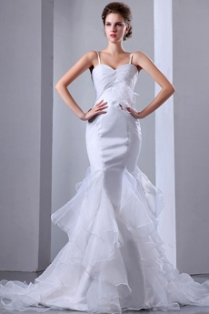 Vintage Organza Mermaid/Fishtail Wedding Dress With Feather