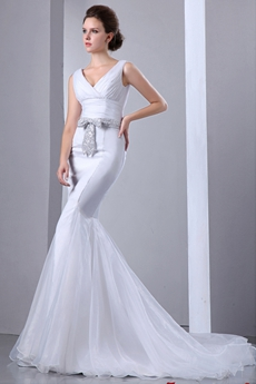 Retro V-Neckline Trumpet/Mermaid Organza Wedding Dress