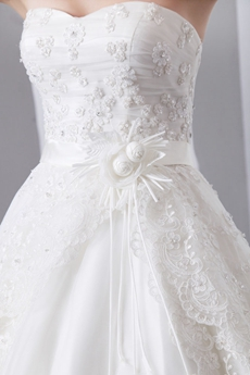 Impressive Sweetheart Wedding Dress With 2 Tiered Lace