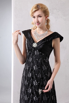 Chic High Slit Black Lace Formal Evening Dress