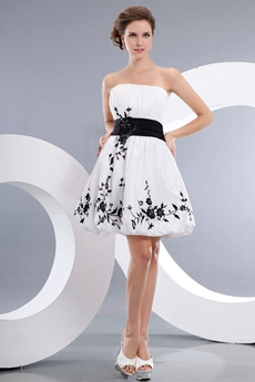 Short Length White Taffeta Homecoming Dress With Black Appliques