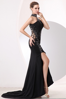 Modern Halter A-line Black Evening Dress With Beads