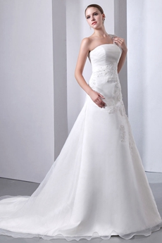 Exquisite One Shoulder Ivory Wedding Dress