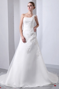 Exquisite One Shoulder Ivory Wedding Dress